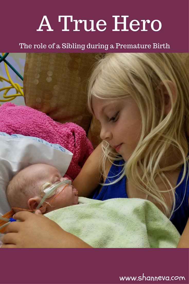 The role of a sibling during a premature birth is not an easy one. It is a true hero that emerges during a family's struggle.