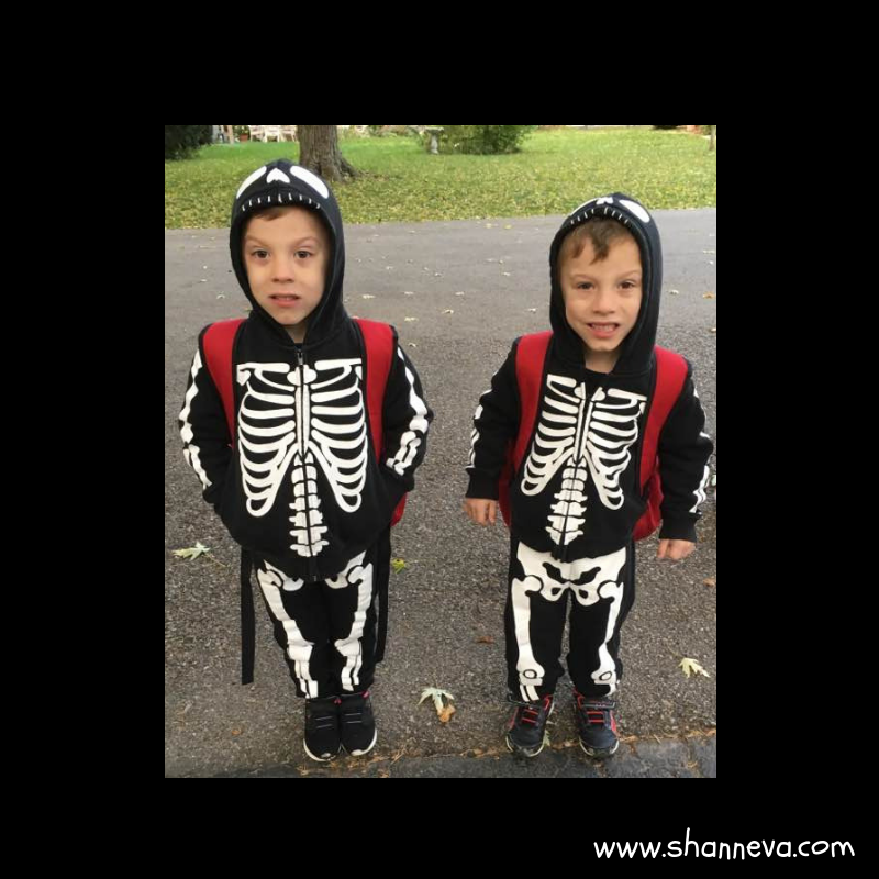 easy family friendly costumes