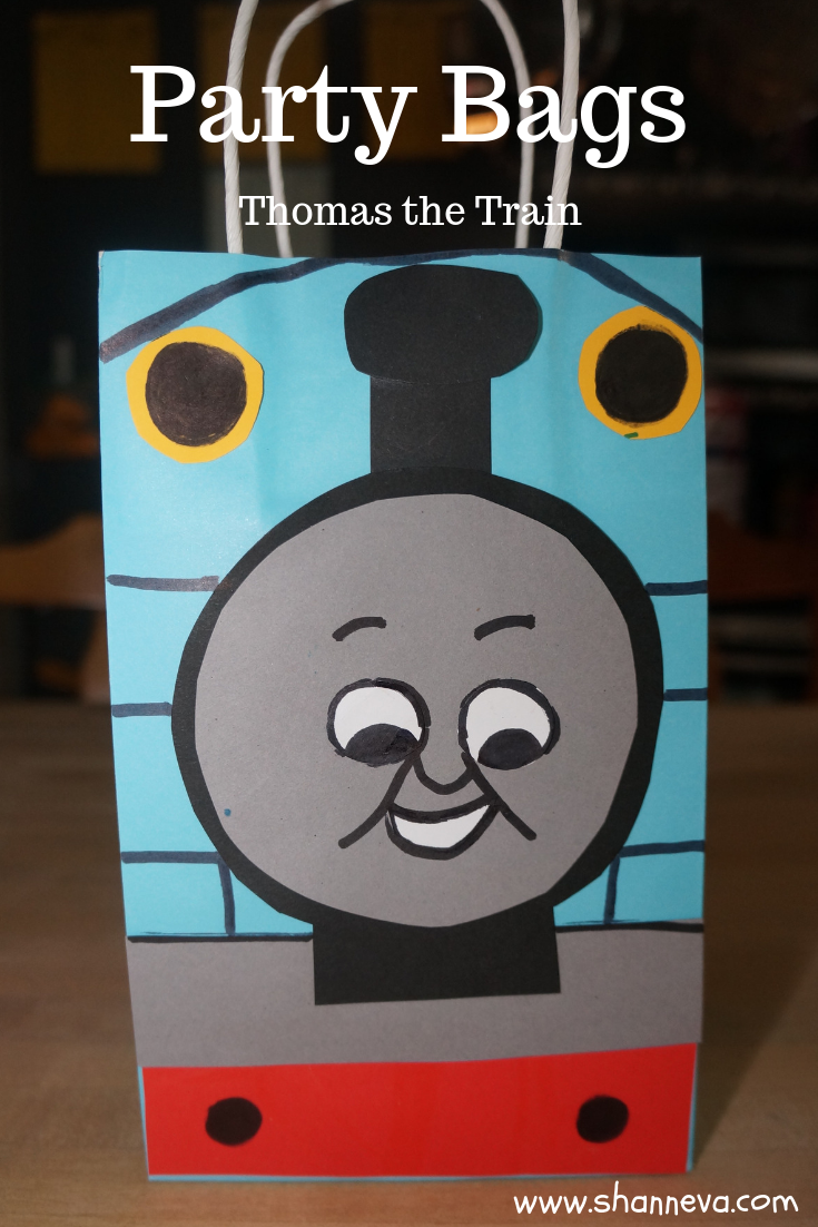 Twin Boy Party bags #Thomasthetraincraft #trainfavorbags #birthdaypartyfavors