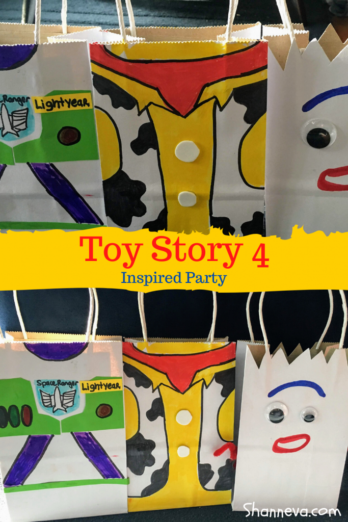 DIY gift bags for your Toy Story Party. Join Woody, Buzz, and Forky with these cute bags that can be used as gift bags, treat bags, or swag bags for a birthday party or any kind of celebration.